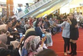 Gloria Jessica di Event Wira Toyota Banjarbaru Expo